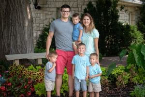 Photo of Jon and Trista Pagel and family